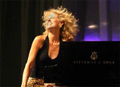 Judy_Carmichael piano