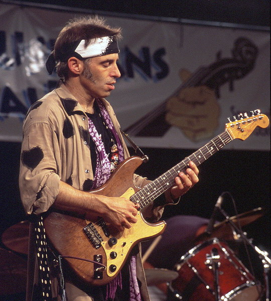 "CD Review: Nils Lofgren's ""Old School"" 