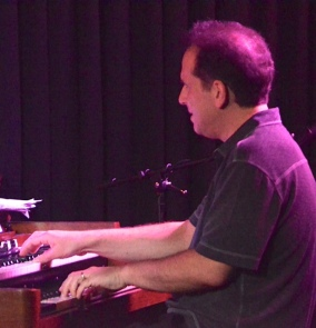 Larry Goldings