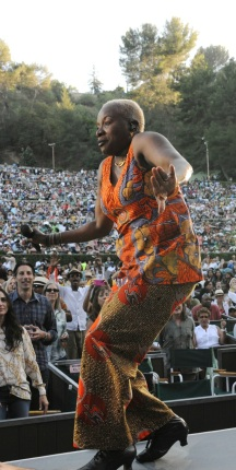 Angelique Kidjo greets her 18,000 fans at the Playboy Jazz Festival