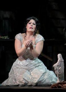 Sondra Radvanovsky as Tosca