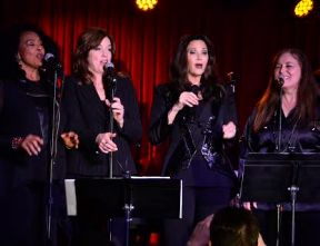 Lynda Carter and her back up singers