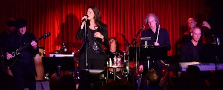 Lynda Carter and her band