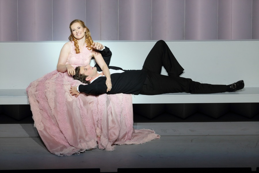 Paula Muorrihy as Dido and Liam Bonner as Aeneas