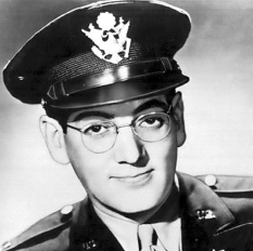 GLenn Miller in uniform