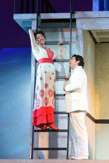 Lisette Oropea as Rosalba and Arturo Chacón-Cruz as Arcadio