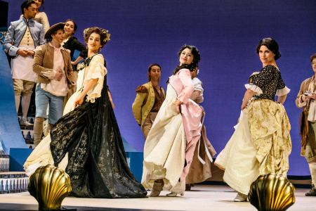 Joanna Lynn-Jacobs as Countess Almaviva, Annie Sherman as Inès, Terri Richter as Susanna