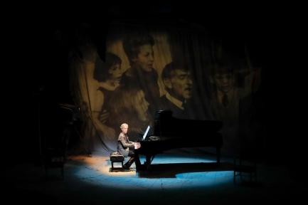 Hershey Felder Maestro Leonard Bernstein