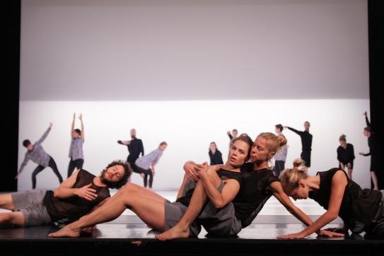 fas_cullberg-ballet_capucla-c-phinn-sriployrung-8019